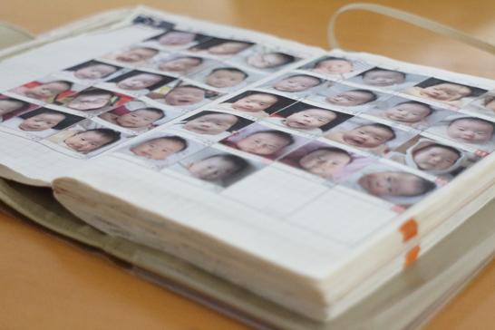 「ほぼ日手帳」を育児日記(顔写真)にする