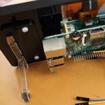 Raspberry pi3の7インチ タッチ・スクリーン ディスプレイに専用フレームを取り付ける