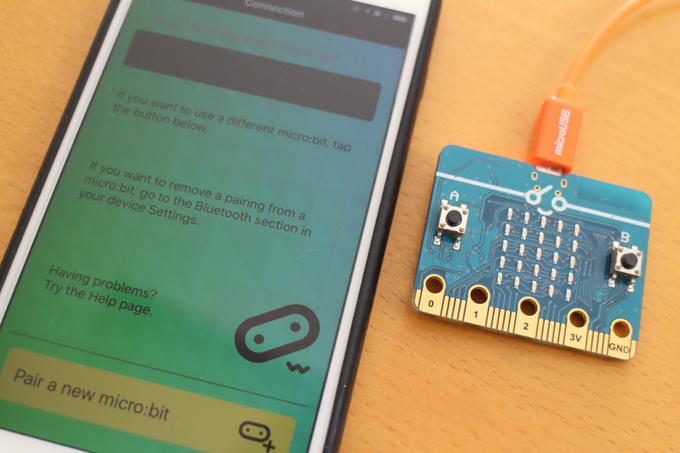 chibi:bit(micro:bit)とiPhoneをペアリングしてプログラムを転送