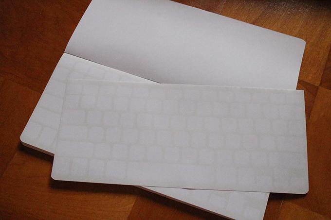 キーボードっぽいデザインのノート