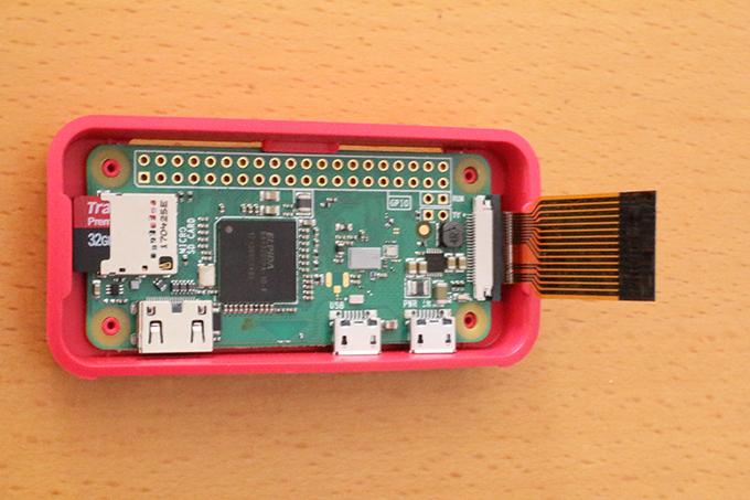 Raspberry Pi Zero Wにカメラモジュールを取り付ける