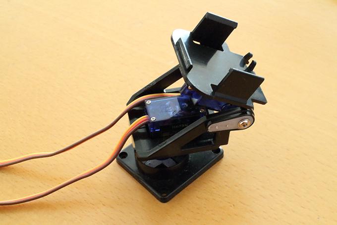 SG90用の格安カメラマウント